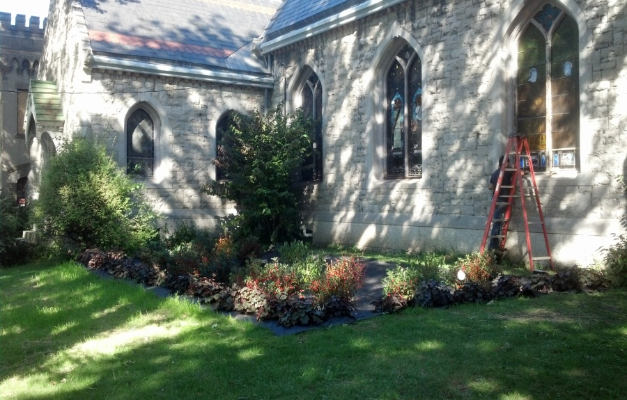 GIF - Grace Episcopal Church Rain Garden