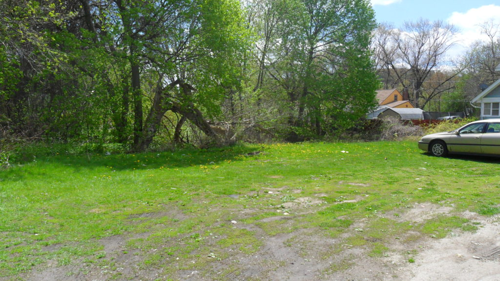 621 Newell St Vacant Lot